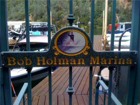 Auburn boat club facilities for Lake clementine fishing